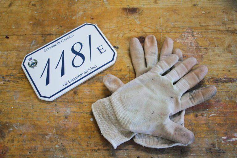 Numeri civici in ceramica